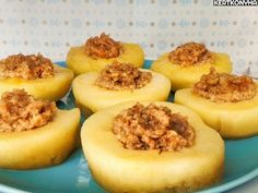 Almaturbánok: apples filled with walnut + apricot jam Apple Filling, Cheesecake, Muffin, Sweets, Snacks, Vegan, Fruit, Breakfast, Food Ideas