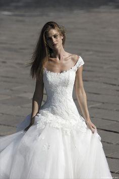 ROBE DE MARIEE CYMBELINE HARON Créateurs Vente robes et accessoires de mariée Marseille - Sonia. B