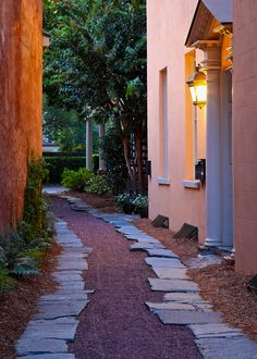 Alleyway, East Bay Street, Charleston, SC  © Doug Hickok
