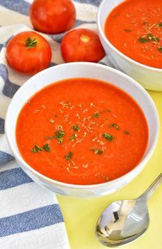 Sopa de tomate y pimiento asado / naturallynatalia.net Cooking Recipes, Healthy Recipes, Gazpacho, Thai Red Curry, Easy Meals, Favorite Recipes, Ethnic Recipes, Food, Gluten