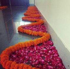 in love drawings Rangoli Designs Flower, Rangoli Ideas, Rangoli Designs Diwali, Diwali Rangoli, Flower Rangoli, Rangoli Designs Latest, Housewarming Decorations, Diy Diwali Decorations, Indian Wedding Decorations