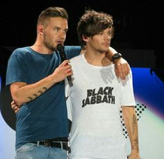 Lilo on stage in Vancouver