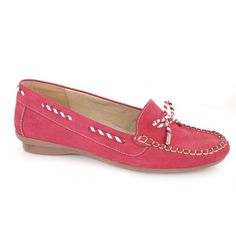 Δερμάτινα Υποδήματα Boxer - Γυναικεία συλλογή, μοντέλο 56032 σε μαύρο, καφέ μπλε και κόκκινο δέρμα. Από 75,00 €, τώρα μόνο 49,00 €! Boxer, Loafers, Shoes, Fashion, Travel Shoes, Moda, Zapatos, Moccasins, Shoes Outlet