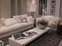 Kuster - couch White
