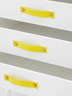 Byrå, Läderhandtag Gul/Vit