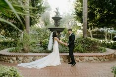 8 Years Late In A Garden Paradise With Images Bridal Party Photos Bridal Portraits Wedding Day