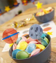 Alien Party, Fireman Sam, Tag Art, Skin Makeup, Easter Eggs, Color Blocking, Happy Birthday, Tropical, Kids