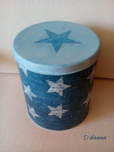 Lata reciclada con pintura y decoupage.