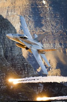 F/A-18C Hornet deploying flares