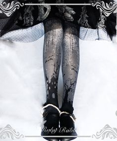 LolitaWardtobe - Bring You the latest Lolita dresses, coats, shoes, bags etc from Trustworthy Taobao indie Brands. We never resell Lolita items from untrustworthy Taobao stores. Harajuku Fashion, Lolita Fashion, Gothic Fashion, Fashion Outfits, Lolita Shoes, Lolita Dress, Rabbit Halloween, Lolita Mode, Estilo Lolita