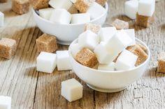 Lo zucchero: pieno di vita e energia per qualcuno, l'origine di tutti i mali per altri. Scopri i migliori dolcificanti da usare al posto dello zucchero!