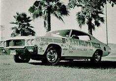Reynolds Buick racing.