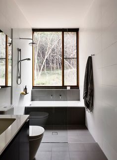 trendy bathroom layout with laundry doors Bathroom Renos, Bathroom Layout, Modern Bathroom Design, Bathroom Interior Design, Bathroom Ideas, Bathtub Ideas, Modern Design, Bath Design, Bathroom Remodeling