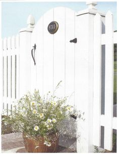 Garden Gate and Picket Fence. Love the address on the gate. White Picket Fence, White Fence, Picket Fences, Picket Fence Decor, Picket Gate, Front Gates, Front Yard Fence, Cottages By The Sea, Beach Cottages