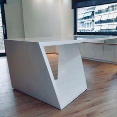 #officedesign #solidsurfaces #interiordesign #arcitecture #arcitecturelovers #karasoulassa #whiteoffice #PLH #karasoulassa Solid Surface, Table, Design, Furniture, Home Decor, Interiors, Decoration Home, Room Decor, Home Furniture