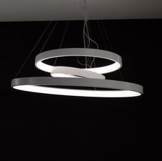 Un anillo de la luz, leve suspendido en el espacio, diseñado para proporcionar un impacto visual mínimo. Un marco exterior en el aluminio laqueado blanco destaca su perfil y una venda del ópalo blanca interna del metacrilato asegura una luz óptima de...