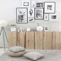 but with larger pieces instead of a gallery wall. but with larger pieces instead of a gallery wall. The post but with larger pieces instead of a gallery wall. appeared first on Vardagsrum Diy. Interior Design Living Room, Living Room Decor, New Wall, Piece A Vivre, Luxurious Bedrooms, Interiores Design, Sweet Home, Gallery Wall, Art Deco