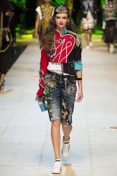 Semana de la Moda de Milán P/V 2017: fotos de los mejores looks - DolceandGabbana look bermudas