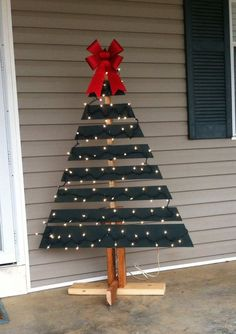 What a great way to upcycle a wooden pallet and have a great decoration for outside. The design is meant to be a bit rustic so this project is mistake friendly. After cutting the tree you will need...