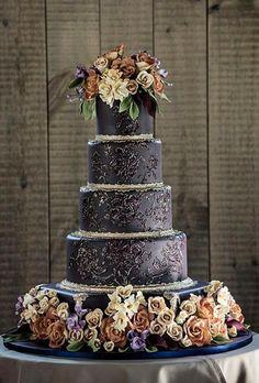 Fall/Autumn Wedding Perfect Wedding Cake for Dark, Modern Color Palette!