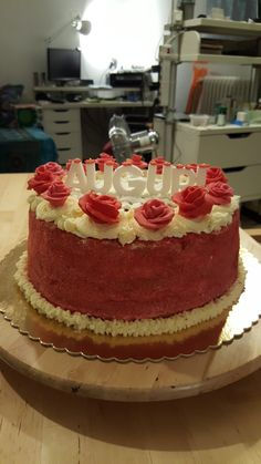Torta compleanno Rose