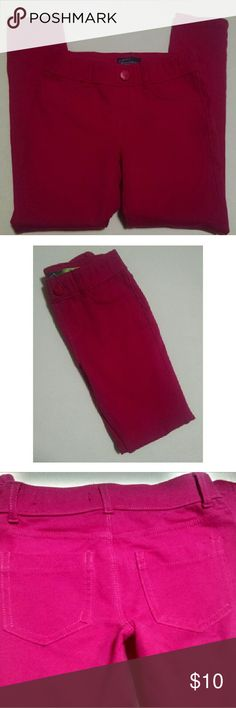 Place Jeggings HOT PINK Fushia Jennings slight elastic waist two fake front pockets and two pockets in the back. They are pull ups. Picture 3 is the color of the jeggings. There is a loose stitching on left back pocket (does not impaired the use of the pocket.)   96% cotton 4% Spandex  Smoke free/pet friendly home place Bottoms Leggings