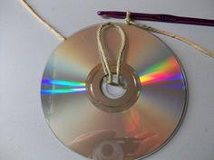 Crochet tutorial on How to Crochet Around a CD.