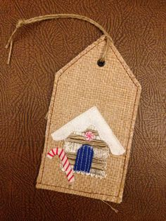Hessian Christmas Tag | Personalised gift tag | Xmas tree hanger | Handmade ornament | Gingerbread house label | Hessian and twine gifttag by ShabbySheUK on Etsy