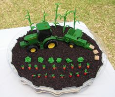 John Deere dirt cake. Look at the little hay bales!