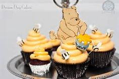 Disney Inspired Baby Shower Cupcakes For Boys - Winnie the Pooh Baby Shower Cupcakes For Boy, Cupcakes For Boys, Baby Shower Cakes, Baby Shower Themes, Baby Boy Shower, Shower Ideas, Bee Cupcakes, Themed Cupcakes, Honey Cupcakes