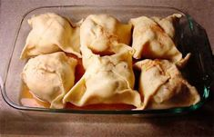 Apple Dumplings Made Easy  Here is a really old recipe that I have remade so it is easy for anyone to make and it is one of the most delicious things you will ever eat.  You Will Need    2 Cans Hungry Jack Biscuits  12 Granny Smith Apples  Cinnamon ...