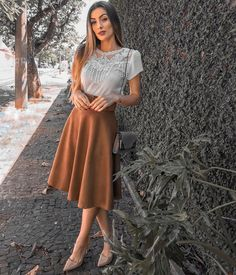 If you need relaxed, test tucking mini skirt in a One. Modest Wear, Modest Dresses, Modest Outfits, Skirt Outfits, Modest Fashion, Skirt Fashion, Fashion Outfits, Fashion News, Women's Fashion