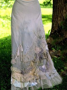 RESERVED- Barocco skirt - -romantic, maxi skirt, L size, shabby chic, linen… WOW! I would wear the shit our of this! Gypsy Style, Hippie Style, Bohemian Style, Boho Chic, Boho Outfits, Vintage Outfits, Dress Skirt, Dress Up, Maxi Skirts