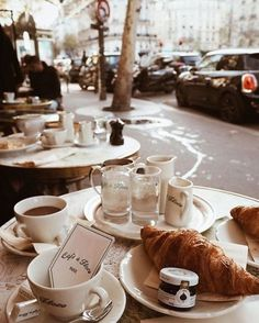 croissants and coffee at Café de Flore in Paris, France Coffee Break, Coffee Time, Morning Coffee, Momento Cafe, Outdoor Cafe, French Cafe, French Diet, French Bakery, Links Of London