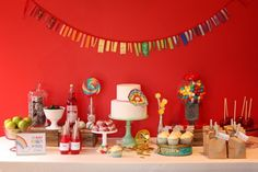 primary colors baby shower... what i would want mine to be like, haha - or heck even wedding! love the bold, happy colors