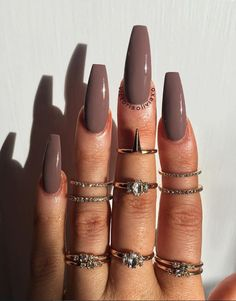 80 Elegant Nude Coffin Nails Design For Long Nails That Anyone Can Pull Off Hair And Nails, My Nails, Acylic Nails, Gel Nails At Home, Fire Nails, Best Acrylic Nails, Winter Acrylic Nails, Dream Nails, Nagel Gel