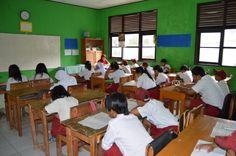 Suasana Belajar Siswa Kelas 6