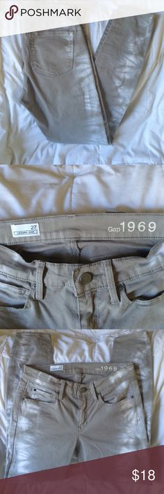 """Gap 1969 size 27 tie dye legging jean. Excellent condition.  Inseam 29"""".  Gray and white the dyed legging jean. GAP Jeans Skinny"""