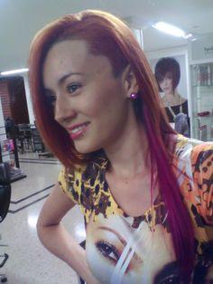 Corte de cabello asimetrico color cobre