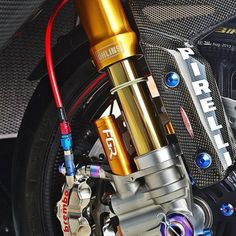 New Nitrogen pressured Öhlins BPF and Brembo Corsa series brakes..