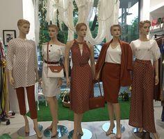 Η νέα μας βιτρίνα γεμάτη από ρούχα της @estelcollection_official που λατρεύουμε!❤️ #vayagr #boutique #estelcollection #fashion #style #dress #suit #skirt #trousers #blouse #thessaloniki #greece