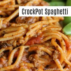 CrockPot Spaghetti Recipe This delicious slow cooker recipe is perfect for those days that are super busy and you may not have time to cook but you also don't want to buy fast food. Just five minutes of prep and as little as two hours to cook make this on Crockpot Dishes, Crock Pot Slow Cooker, Crock Pot Cooking, Slow Cooker Recipes, Beef Recipes, Cooking Recipes, Recipies, Slow Cooker Steak, Slow Cooker Lasagna