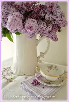 Rosemary and Thyme: Sweet Lilacs