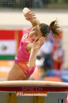 Sport Gymnastics, Amazing Women, Sumo, Artsy, Wrestling, Sports, Photos, Gymnastics, Lucha Libre
