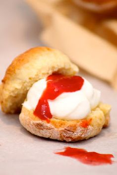 Pastry Cake, Afternoon Tea, Scones, Cheddar, Baked Potato, Smoothies, Food And Drink, Bread, Baking