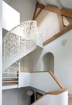 Villa am Meer - Dekoration Workshop Spiral Stairs Design, Staircase Design, Staircase Handrail, Spiral Staircases, Staircase Ideas, Stair Railing, Villa Am Meer, Interior Architecture, Interior And Exterior