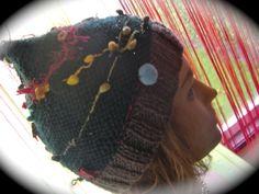 Bonnet sapin de Noel tricoté main en création unique : Chapeau, bonnet par jodestyl
