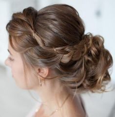 Smooth Subtle Fade - 30 Short Ombre Hair Options for Your Cropped Locks in 2019 - The Trending Hairstyle Romantic Wedding Hair, Short Wedding Hair, Wedding Hair And Makeup, Hair Makeup, Trendy Wedding, Locks, Undercut Hairstyles Women, Wedding Hairstyles For Long Hair, Bridal Hairstyles