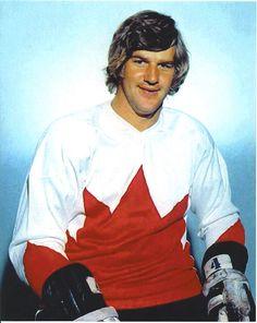 Hockey Shot, Ice Hockey, Canada Cup, Patrice Bergeron, Canada Hockey, Bobby Orr, Boston Bruins Hockey, Hockey World, Canadian History