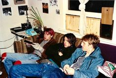 Kurt Cobain & Dave Grohl with some third guy in 1991